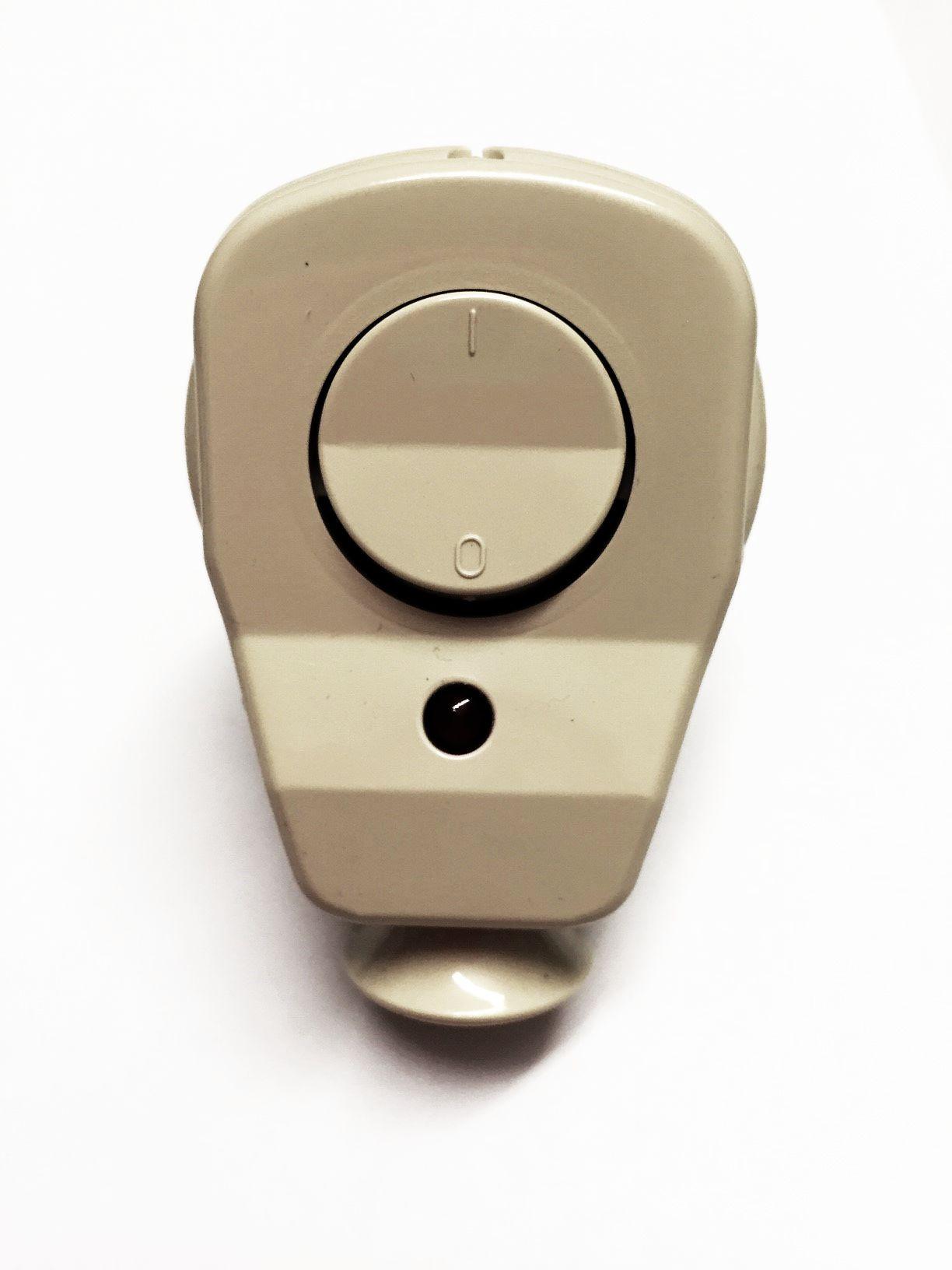 Schuko Winkelstecker mit Schalter und Diode beige