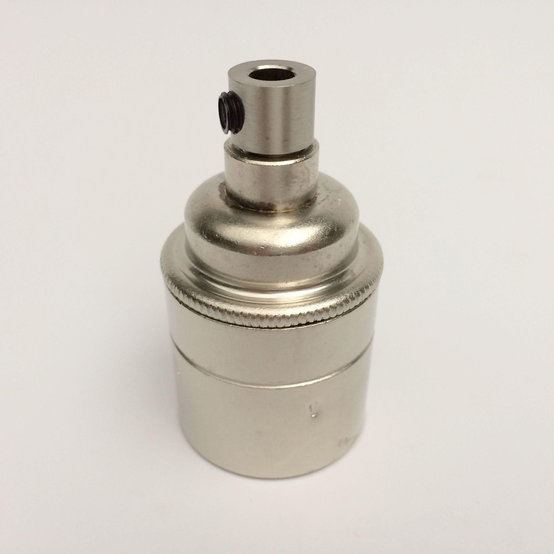 Metallfassung E27 antik mit Zugentlastung nickel