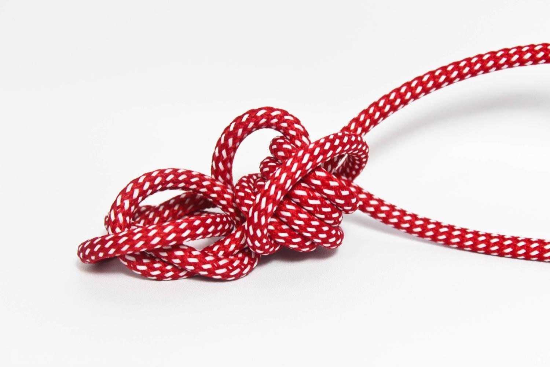 Textilkabel-Hängeleuchte Kunststoff rot-weiss gepunktet